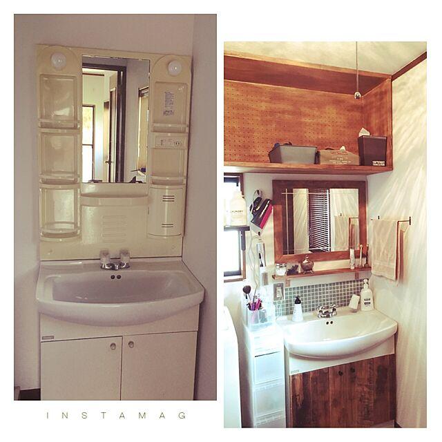 Bathroom,鏡,IKEA,DIY,タイル,クッションフロア,リノベーション,モザイクタイル,壁紙屋本舗,男前,洗面所DIY,現状回復,中古住宅リノベーション中のインテリア実例 | RoomClip (ルームクリップ)