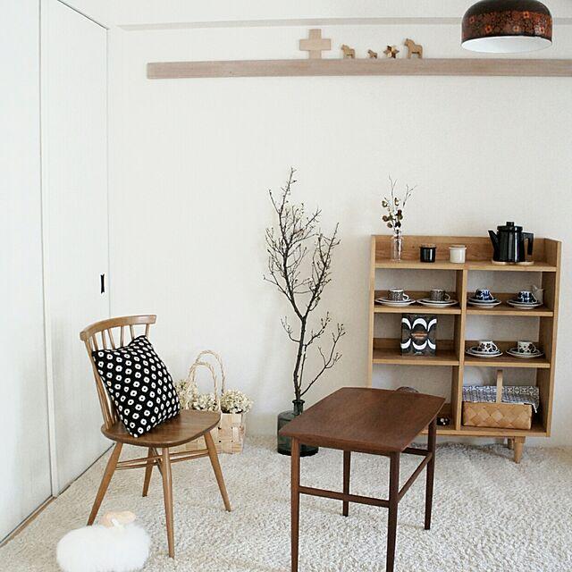 My Shelf,和室,モモナチュラル,北欧,リサラーソン,デザイナーズチェア,アラビア,アーコールチェア,北欧ヴィンテージ,白梅,北欧テイスト,スペインガラスのインテリア実例 | RoomClip (ルームクリップ)