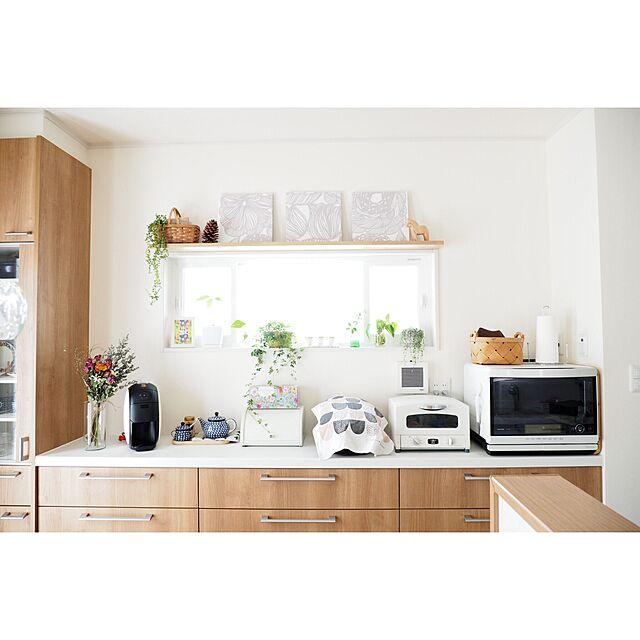 Kitchen,観葉植物,マリメッコ,北欧,ドライフラワー,セラミカ 食器,シンプルナチュラル,カウニステ,アラジントースター,ネピア大人の鼻セレブ,お部屋にFIT,塗り絵ができるティッシュのインテリア実例 | RoomClip (ルームクリップ)