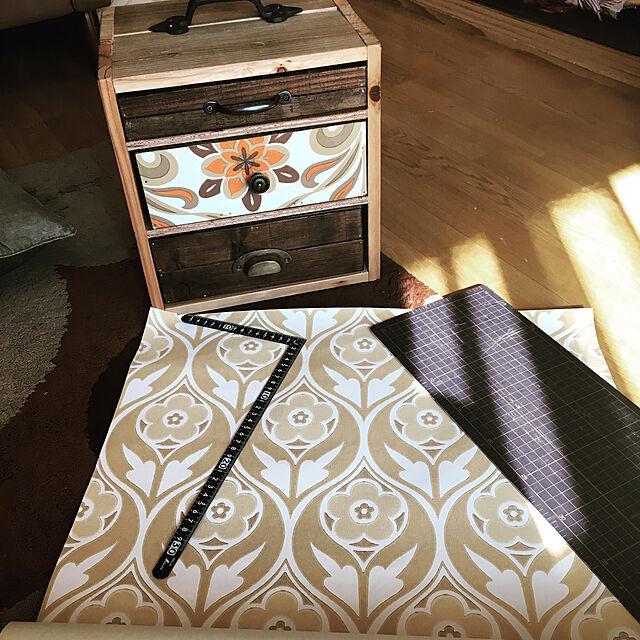 My Desk,DIY,ヴィンテージ壁紙,賃貸でも諦めない!,こどもと暮らす。,裁縫箱DIY,インスタ→ayaka.t0703,LIMIA→ayaka.tのインテリア実例 | RoomClip (ルームクリップ)