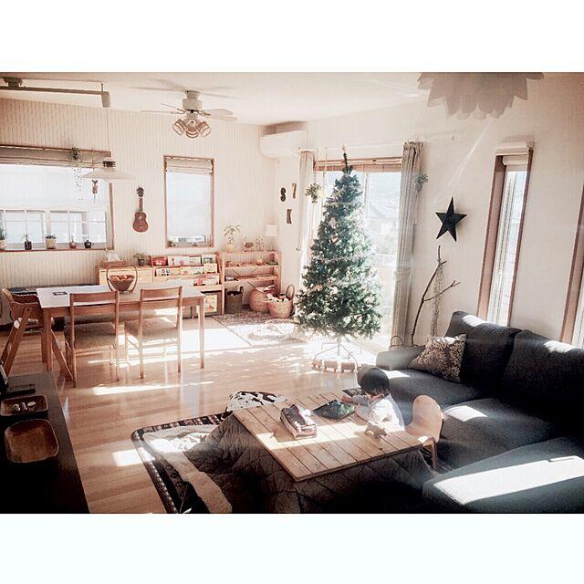 Overview,クリスマスツリー,こたつ天板DIY,ツリーがデカイ!!,2mのクリスマスツリーのインテリア実例   RoomClip (ルームクリップ)