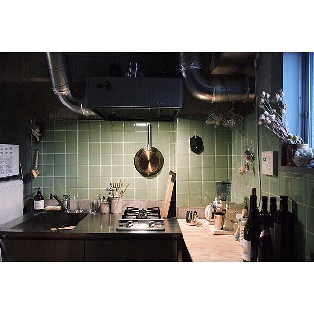 Kitchen,アンティーク,間接照明,DIY,古道具,一人暮らし,ドライフラワー,蚤の市,1R,アート,骨董品,メンズ部屋,東京蚤の市,フランスアンティーク,塩系インテリア,Instagram:aman0jackのインテリア実例 | RoomClip (ルームクリップ)