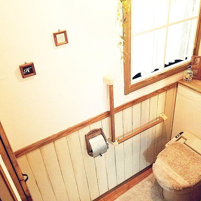 Bathroom,DIY,IKEAカーテン,壁紙屋本舗,窓枠DIY,板壁DIY,トイレ改造計画,タンクレス DIY,腰壁DIY,かべがみや本舗さん,ナチュラルも男前も好き,漆喰壁DIY,ベニヤ板で板壁風,カフェ風を目指して♪,フォロー&いいね!ありがとうございます☆,たなDIY,中古住宅リフォームなしのインテリア実例 | RoomClip (ルームクリップ)