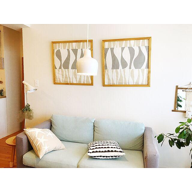Lounge,照明,IKEA,100均,ヤコブセン,ペンダントライト,クッションカバー,漆喰壁,artek,マンションインテリア,Daiso,カタリナ,北欧ファブリック,ハーフムーン柄,LouisPoulsen,ゴールデンベル,いいね&フォローありがとうございます☆,フレームDIY,後ほどゆっくりお邪魔します,北欧xDIYのインテリア実例 | RoomClip (ルームクリップ)