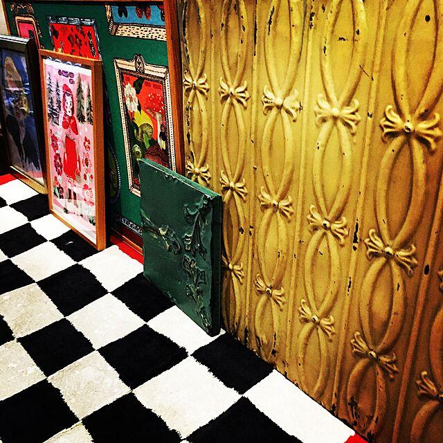Entrance,ナタリーレテ,ブロカント,ティンパネル,アートをインテリアに取り入れたい,ジュウ•ドゥ•ポム,コレクターズアイテム,大人可愛いインテリア♡,おたくコレクション,パリの恋人たちのアパルトマン,新タグ,ギャラリー系のインテリア実例 | RoomClip (ルームクリップ)