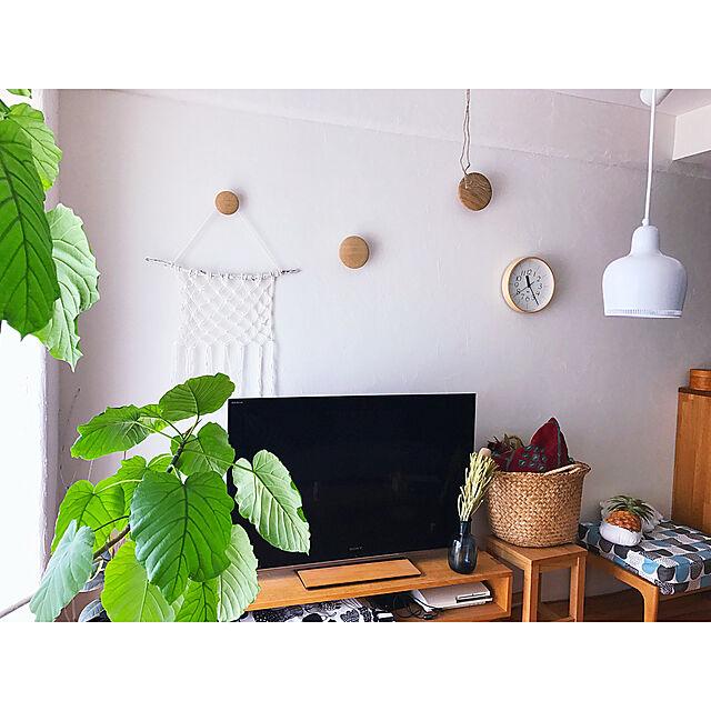 Lounge,スツール,100均,フック,DIY,かご,北欧,アルテック,キャンドゥ,ペンダントライト,流木,漆喰壁,ウンベラータ,artek,マンションインテリア,RIKI Clock,木工,MUUTO,自然素材,壁面ディスプレイ,カウニステ,Can☆Do,グリーンのある暮らし,ゴールデンベル,いいね&フォローありがとうございます☆,マクラメタペストリー,北欧xDIYのインテリア実例 | RoomClip (ルームクリップ)