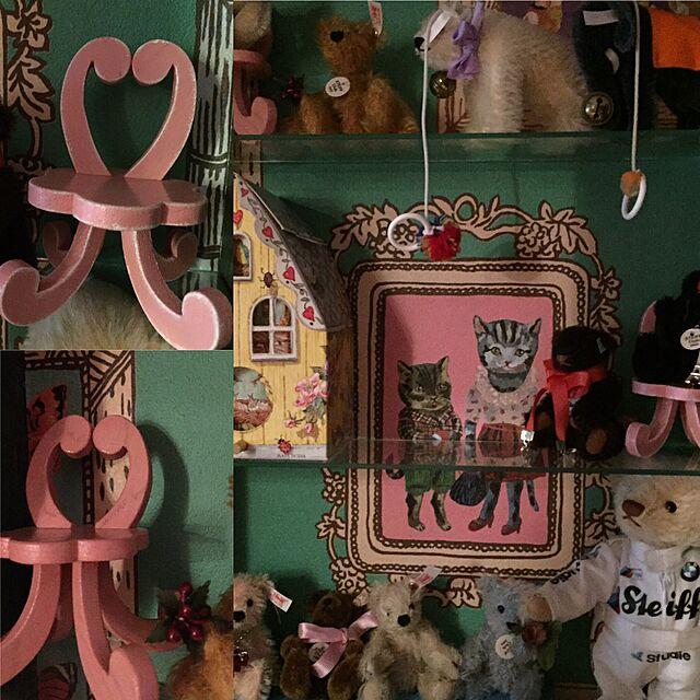 My Shelf,テディベア,アート,ナタリーレテ,壁紙屋本舗,ハンドメイド雑貨,シュタイフ,木工雑貨,しゃれとんしゃあ会,アートをインテリアに取り入れたい,パリのアパルトマン風のインテリア実例 | RoomClip (ルームクリップ)