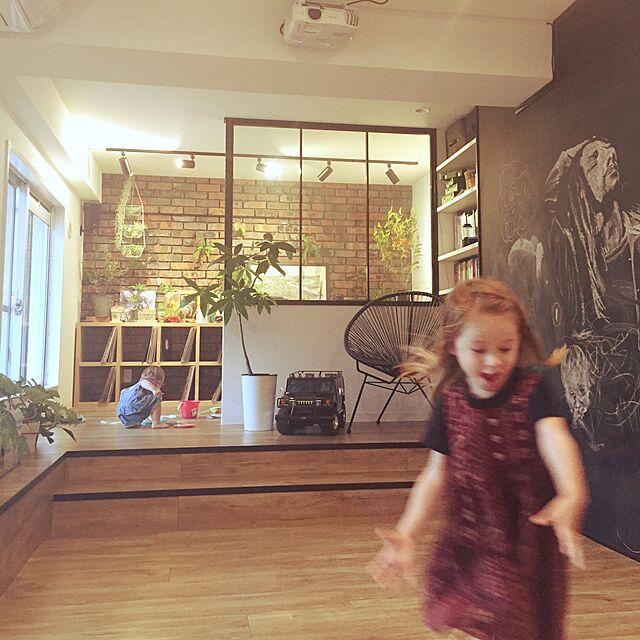 Overview,観葉植物,DJブース,シアタールーム,アイアン,リノベーション,落書き,デッキ,調光ライト,中古を買ってリノベーション,子供と暮らす,ステップフロア,to one,ビンテージレンガのインテリア実例   RoomClip (ルームクリップ)