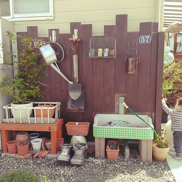 DIYと植物と外回りのインテリア実例
