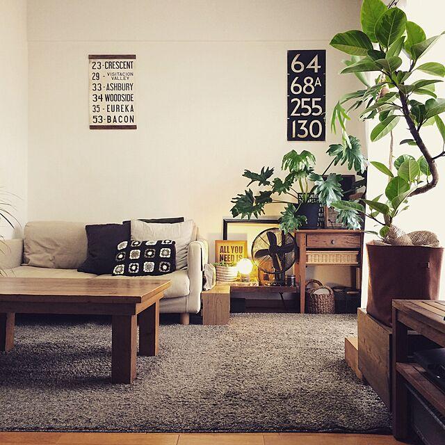 無印良品と人をダメにするソファとやっぱりシンプルが好きのインテリア実例