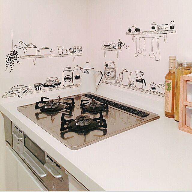 キッチンシートのデザイン実例集10選!手軽におしゃれへ大変身