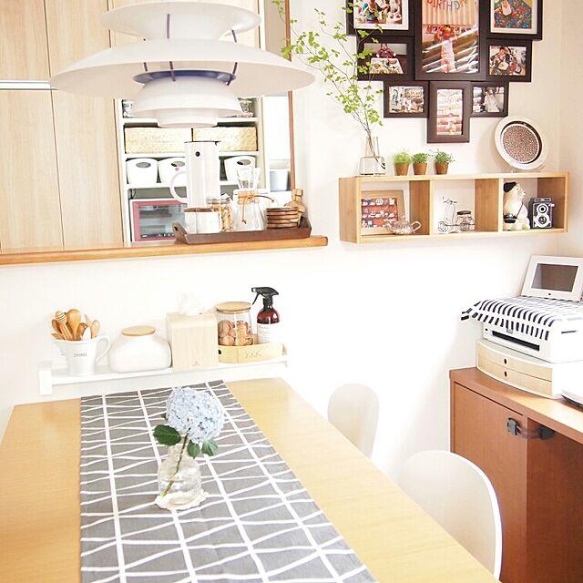 ルイスポールセンと雑貨と北欧ヴィンテージ家具のインテリア実例