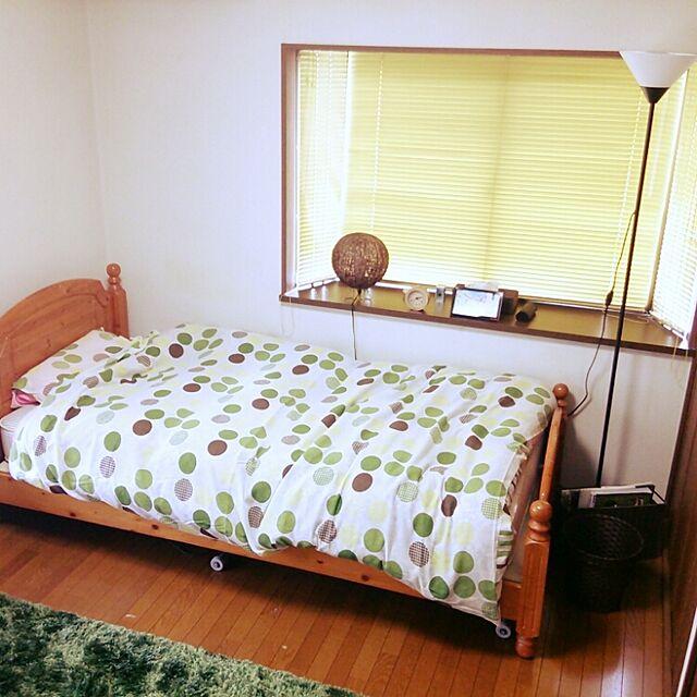 ニトリとベッドとアバカのインテリア実例