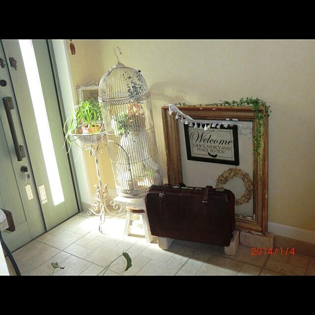 玄関/入り口/アンティーク/雑貨/フレーム/バッグ...などのインテリア実例 - 2014-01-04 13:56:04