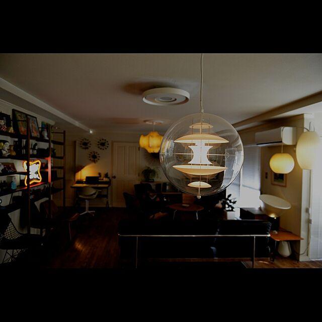 Herman Miller (ハーマンミラー)と照明とスパゲッティランプのインテリア実例