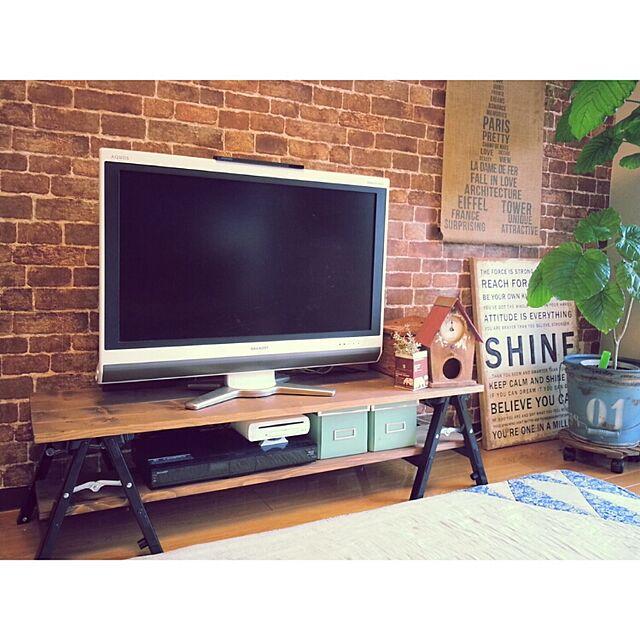 Lounge,テレビ台,DIY,テレビボード,賃貸,ウンベラータ,壁紙屋本舗,賃貸インテリア,テレビ台DIY,NO GREEN NO LIFEのインテリア実例 | RoomClip (ルームクリップ)