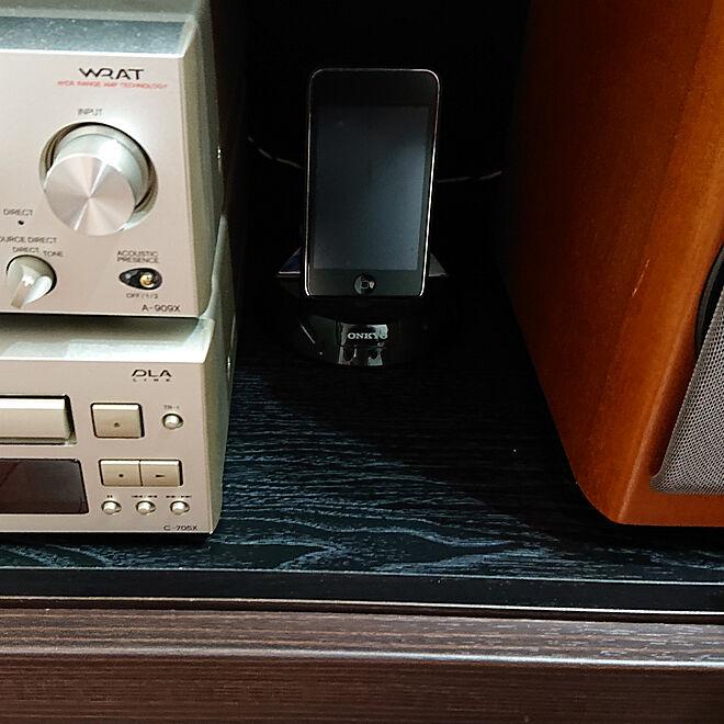 ベッド周り/サイズオーダー棚板/寝室の棚/ONKYO コンポ/iPod touchのインテリア実例 - 2019-03-03 10:44:52