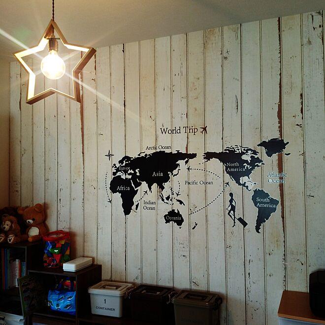 ウォールステッカー世界地図/星のライト/輸入壁紙/スクラップウッド/子供と暮らす...などのインテリア実例 - 2016-10-12 10:50:19