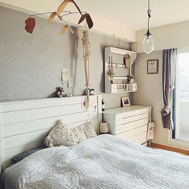 寝室インテリア/ベッド周り/DIY棚/マクラメプラントハンガー/植物のある暮らし...などのインテリア実例 - 2021-04-19 16:24:05