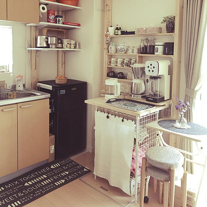 キッチン/カフェコーナー/3階建て/スッキリ暮らしたい/ドライフラワーのある暮らし...などのインテリア実例 - 2018-04-13 11:08:30
