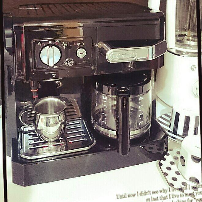 キッチン/エスプレッソマシン/モノトーン/デロンギコーヒーメーカーのインテリア実例 - 2016-11-19 08:16:12