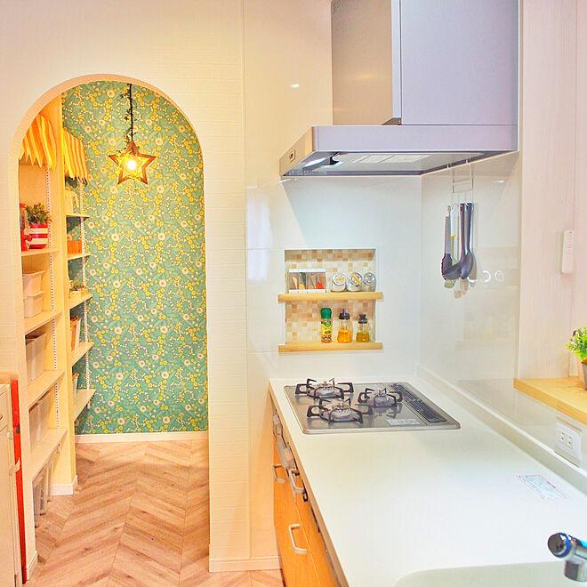 「個性とセンスで魅せるキッチン。その裏に隠された空間バランステク」 by sea.otoさん
