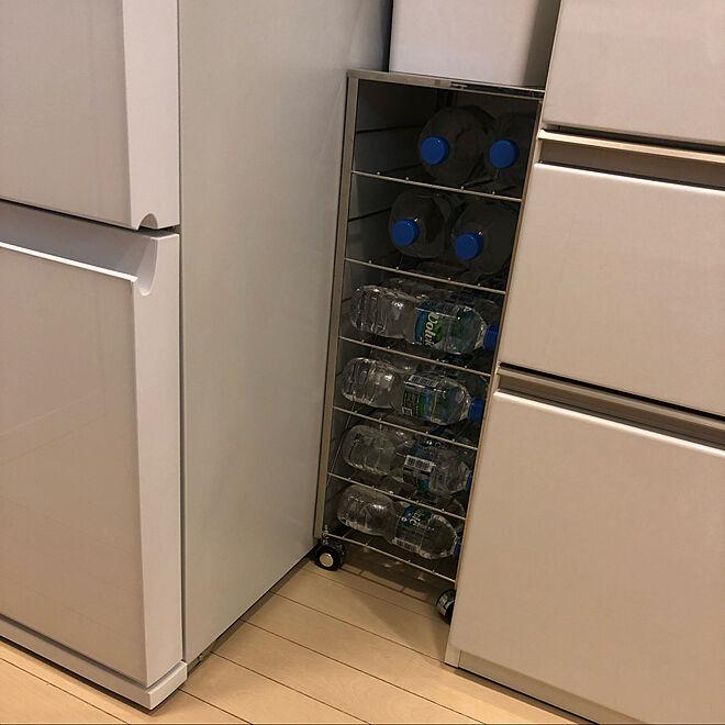 キッチン/ボトルストッカー/家電は白で揃えたい/一人暮らし/モノトーン...などのインテリア実例 - 2020-03-16 02:49:09