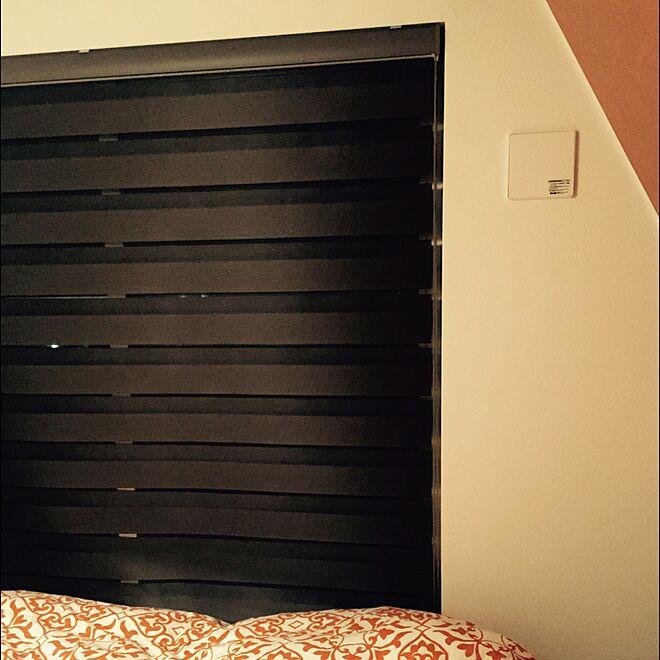 ベッド周り/ロールスクリーン/買ってよかったモノ/IKEA/アクセントクロスのインテリア実例 - 2016-03-08 10:31:57
