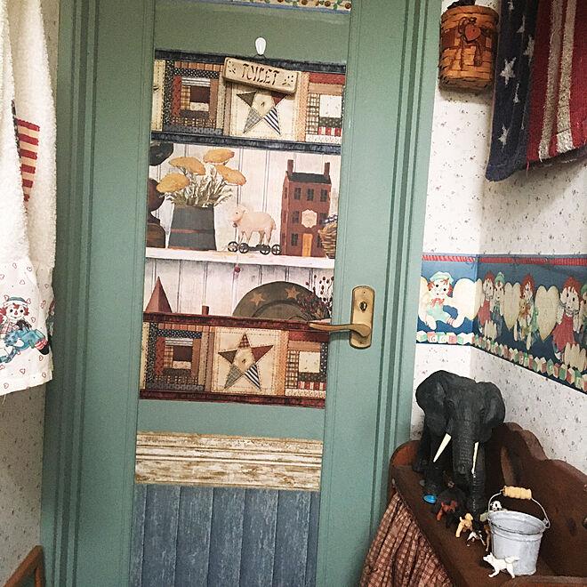 壁紙DIY/ペイント壁/ホーロー缶/ハンドメイド/犬との暮らし...などのインテリア実例 - 2021-05-18 07:36:44