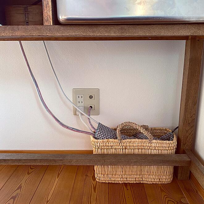 掃除をしやすく/古家具/清潔を保つ/木のぬくもり/かご収納...などのインテリア実例 - 2020-03-16 13:10:41