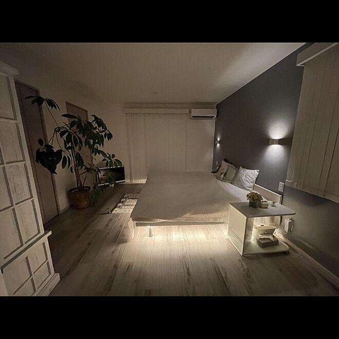 サイドテーブル/クッション/ベッドメイキング/ベッド/夜の灯り...などのインテリア実例 - 2021-07-22 07:46:17