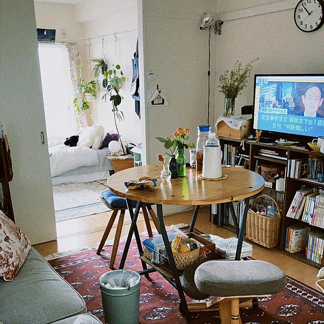 テーブル/ソファ/ビンテージ/植物のある部屋/植物のある暮らし...などのインテリア実例 - 2021-05-05 10:56:46