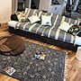 男性31歳の家族暮らし4LDK、センターラグLoungeやソファーやクッションカバーや無垢の床などに関するRyosukeさんの実例写真