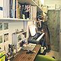 女性28歳の同棲、音楽のある生活玄関/入り口や本棚やDIYや狭い部屋などに関するFumikaさんの実例写真