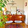 家族暮らし2LDK、芍薬Overviewや食器棚やキリムやルイスポールセンなどに関するsoleilさんの実例写真