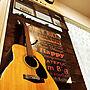 家族暮らし2LDK、グリーンボックスLoungeやアコースティックギターやグリーンボックスや楽器のある部屋などに関するmaix*さんの実例写真