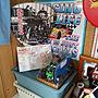 On Walls/ダイソー/ミニカー/うちわ/こち亀/岸和田だんじり祭に関連する部屋のインテリア実例