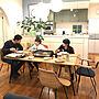 Overview/レクリントの照明♡/セルフペイント/レクリント/マリメッコファブリック/お好み焼き/ホットプレート/アーチ壁/トクラスキッチン/IDEE テーブル/IDEE チェア/デニッシュチェアー/モスグリーンキッチン/デニッシュチェアーズ/暮らしの一コマ/単身赴任の旦那さんに関連する部屋のインテリア実例