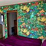 Bedroom/エスニック/アジアン/バリ雑貨/アジアンテイスト/壁紙DIY/RESTAの壁紙/アジアンに拘る/紫も好き♡に関連する部屋のインテリア実例