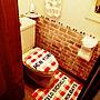 Bathroom/しまむら/Daiso/リメイクシート/いいね&フォローありがとうございます☆/いいね☆コメント♪嬉しいです❤️/トイレカバーセット/いいね押し逃げごめんなさい(>_<)に関連する部屋のインテリア実例