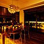Kitchen/オーナメント/ガーデニング/間接照明/北欧/yチェア/ウォールナット/モザイクタイル/無垢材/レクリント/クリスマスディスプレイ/無垢ダイニングテーブル/ブラックウォールナット/製作家具/クリスマスに関連する部屋のインテリア実例