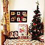 My Desk/カントリー雑貨/サンタさん♡/クリスマスツリー❤︎/カメラマークが出たので(^^;;/いいね!ありがとうございます◡̈♥︎/赤 好き♡/KALDIのチョコカレンダー★/にこにこちゃん❤︎''/あやしげちゃん家の····に関連する部屋のインテリア実例