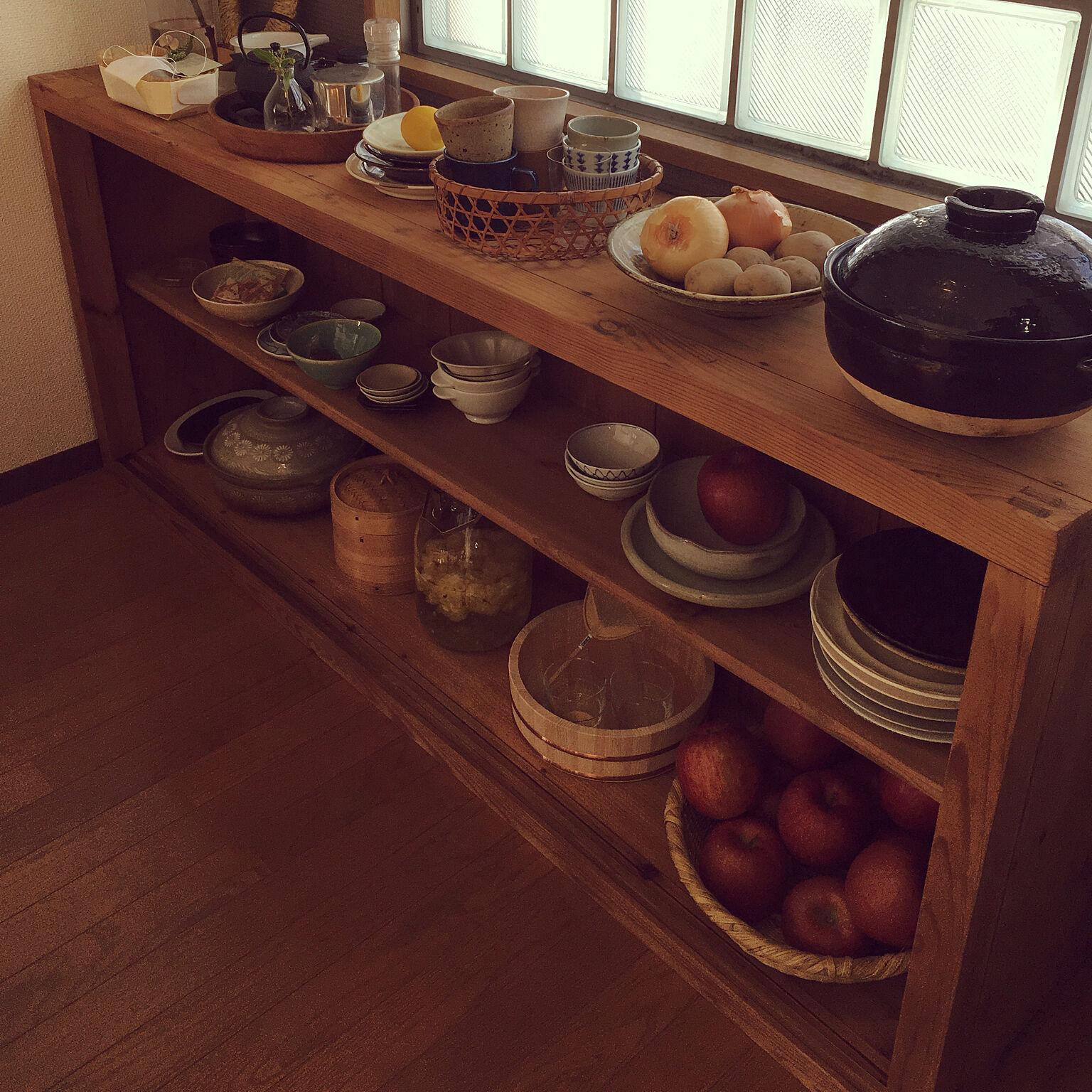大切な器の居場所を作りたい♡食器を美しく収納するヒント