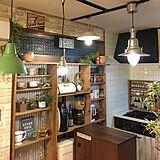 DIYにチャレンジ!部屋を素敵に魅せる飾り棚のDIY実例
