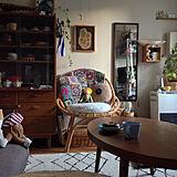 歴史を共に刻む椅子。ラタンチェアのある暮らし