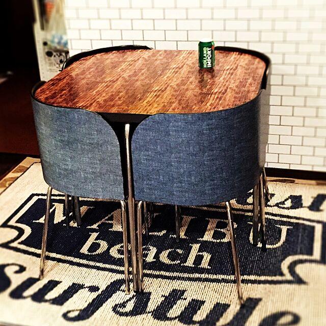 IKEAダイニングテーブル♪ 魅力のヒミツは機能的デザイン