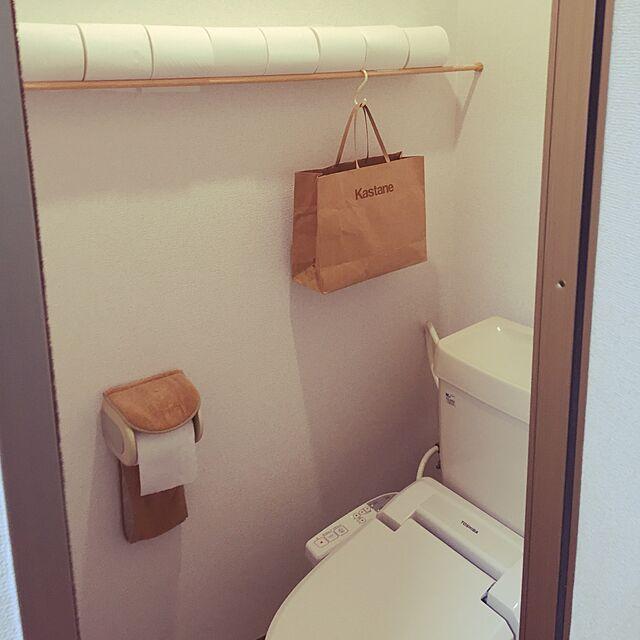 Bathroom,お金をかけない,アイディア収納,シンプル,つっぱり棒,一人暮らし,トイレットペーパーのストック,狭いトイレ,賃貸,紙袋はサニタリー入れ ayapanの部屋
