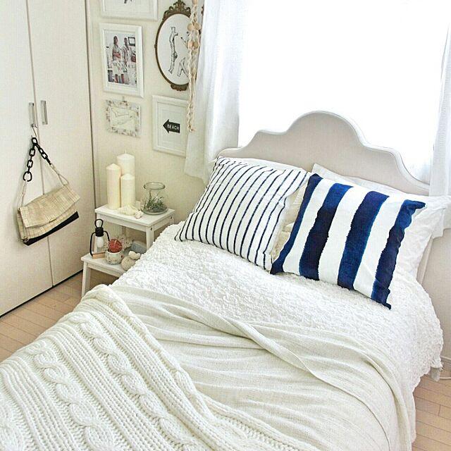 Bedroom,キャンドル,IKEA,イケア,クッション,ベッドサイド,ストライプ,クッションカバー,貝,スロー,BEACH STYLE,マリンスタイル,コースタル,海を感じるインテリア,インスタグラム⇒champi39,海っぽいインテリア CHAMPIの部屋