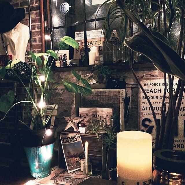 Lounge,ブルックリンスタイル,コンテスト参加してみます‼,観葉植物,キャンドル,壁紙屋本舗,男前,WALPAさんの壁紙,DIY,セリア,IKEA painmomoの部屋