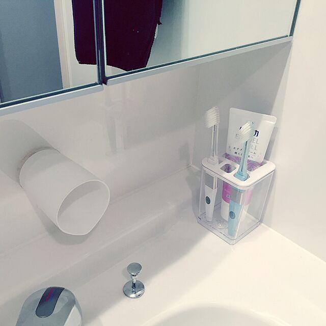 Bathroom,ホワイトインテリア,ダイソー,コップ,歯ブラシ,歯ブラシスタンド,賃貸,洗面所,連投すみません,モノトーン,白黒 Saaaachanの部屋